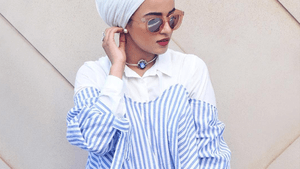 Your Style Guide to Wear Off-the-Shoulder Tops with Hijab