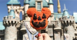 45 Festive Details That Make Halloween at Disneyland So Awesome This Year