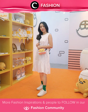 Who can't resist cute things? Let's pair a white dress with green socks and white sneakers. Simak Fashion Update ala clozetters lainnya hari ini di Fashion Community. Image shared by Clozetter: @chikezia. Yuk, share outfit favorit kamu bersama Clozette.