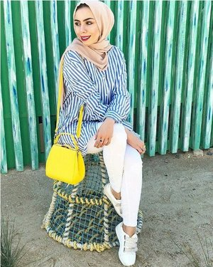 How to wear striped chemises with hijab – Just Trendy Girls