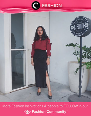 Red blouse and slit skirt to get your own formal look. Simak Fashion Update ala clozetters lainnya hari ini di Fashion Community. Image shared by Clozetter: @btariskr. Yuk, share outfit favorit kamu bersama Clozette.
