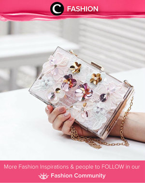 It feels really good to have things personalized to you. Love this acrylic clutch. Simak Fashion Update ala clozetters lainnya hari ini di Fashion Community. Image shared by Clozette Ambassador: @tiffanikosh. Yuk, share outfit favorit kamu bersama Clozette.""