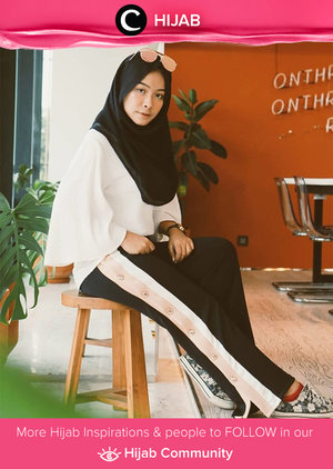 Touch of sporty and casual with stripes pants. Simak inspirasi gaya Hijab dari para Clozetters hari ini di Hijab Community. Image shared by Star Clozetter: @fazkyazalicka. Yuk, share juga gaya hijab andalan kamu