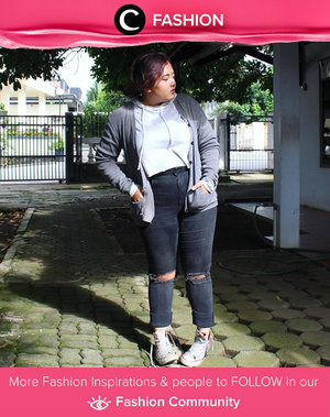 Be confident to show your plus size style with ripped jeans and sneakers. Simak Fashion Update ala clozetters lainnya hari ini di Fashion Community. Image shared by Star Clozetter: anjanidee. Yuk, share outfit favorit kamu bersama Clozette.