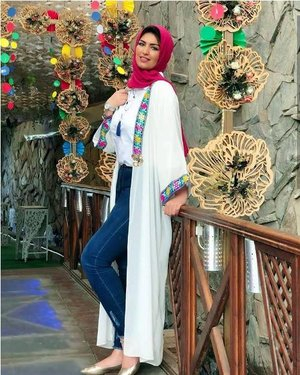 Open abaya hijab style – Just Trendy Girls