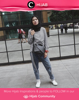 Sunday stripes. What do you think? Simak inspirasi gaya Hijab dari para Clozetters hari ini di Hijab Community. Image shared by Clozetter: @karinaorin. Yuk, share juga gaya hijab andalan kamu