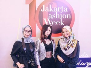 • Attend an event Kami Idea Fashion Show ft. Phillips at Jakarta Fashion Week, yesterday. More on the blog unidzalika.com  #clozetteid #JWF #JakartaFashionWeek #JFW10Th #JFW2018 #JFW10years #SpreadingOutfits #SpreadingOutfitsSquad