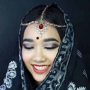 From my Bridal class at @scandinavianmakeupacademy, Indian bridal.  MUA : @cathrine_zie  Model : @notobsessedwithbeauty  #indonesianlivinginbangkok #bridalmakeup #bridal #indianbridal #makeup #weddingmakeup #makeupartist #indonesianmakeupartist #muajakarta #muaindonesia #asia #bangkok #thailand #instamakeup #eyeshadow #indian #starclozetter #clozetteid