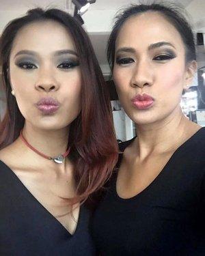 The day is not over yet... Happy birthday to my beautiful sister @slisa_s ❤❤❤ be gorgeous as always... enjoy 40! Love you 😘😘 #muaindonesia #muajakarta #starclozetter #clozetteid #instagram #sisterhood #indonesianlivinginbangkok #birthday