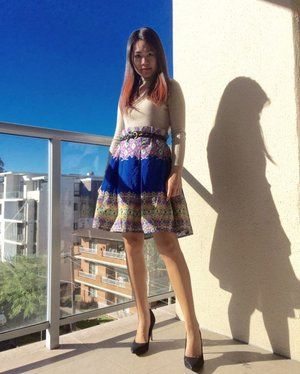 The sky is blue, so is my batik skirt.  #batikindonesia #liketkit #ootd #clozetteID