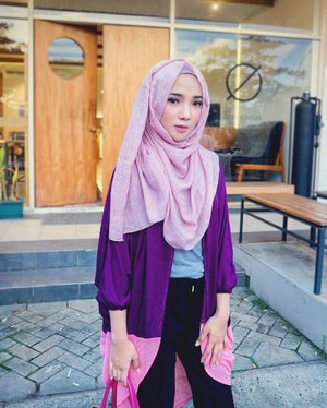 Dressup like a lil cute girl but always act like a dangerous woman 💅🏻 ..#Hijab by-- @mumu_indonesia Thanks 💕 .[ #endorse via @sparklemanagement ] .....#ayuindriati #clozetteid http://instagram.com/ayuindriati