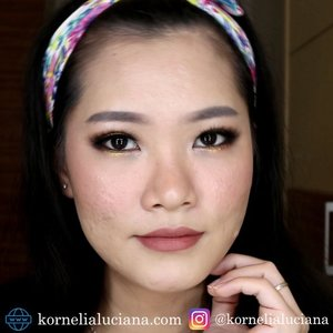 Gold Smokey Eyes 👀 https://youtu.be/KCYF2pXaTqk . 🌺 Product Mention 🌺 @innisfreeofficial No Sebum Blur Primer @maybelline Super BB Ultra Cover @catrice.cosmetics Camouflage Concealer @etudehouseofficial Drawing Eyebrow Gray @wetnwildbeauty Eyeshadow Primer I Heart Makeup Chocolate Vice Focallure Twilight Eyeshadow Maybelline Hyper Sharp Power Black @lorealmakeup Flase Lash Waterproof Manga Clubpartra Eyeliner Pencil Black Milani Baked Blush #Luminoso W.Lab 3D Shape Shading W.Lab 3D Shape Highlighter @maxupcosmetics Up Suede Matte Lip Cream #Afternoon Tea #clozetteid #clozettestar #charisceleb #bunnyneedsmakeup #bvlogger #gengbvlog #beautiesquad #indobeautysquad #indobeautygram #ivgbeauty #beautybloggerindonesia #jogjabloggirls #Beautyinfluencer #tampilcantik #wakeupandmakeup #makeup #makeuptutorial #transformation