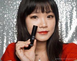 Liptint pertama yang cukup tahan lama dibibir walaupun dibawa minum 😂 Cocok banget untuk aku yang minim kayak onta 😆😆 #KorneliaLucianaBlog #BeautyBlogger #Blogger #BeautyBloggerIndonesia #BloggerIndonesia #ClozetteStar #ClozetteID #ClozetteDaily #Vlogger #7Hara #Liptint #LuciMakeupReview #LuciMakeupCollection