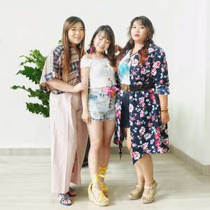 3 personalities, 3 sizes, 3 styles. But there is one thing about us ... We are all pretty. 😂😂😂..People may question why are we close to each other. The answer is very simple. Comfort. #ootd #ootdbigsize #ootdbigsizeindo #fashion #cute #ootdplussize #ootdcurvy #ootdplussizeindo #ootdbigsizeindo #curvy #clozetteid #blogger #bblogger #beautyblogger #surabayabeautyblogger #sbybeautyblogger #curvygirl #plussize#bodypositive #celebratemysize #ootdindonesia #ootdindo #curvystyleideasid #influencersurabaya #beautyhasnosize