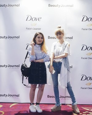 I feel like a fat minion😂 Post about Dove event is up on the blog! Link on bio! #BEAUTYJOURNALXDOVE #BEAUTYJOURNAL #WAJAHISTIMEWA #DOVEIDN @BEAUTYJOURNAL @sociolla