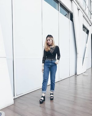My sister told me to wear the usual so here it is. @tresemmeid #TRESemmeRunway . #LYKEAMBASSADOR #clozetteid #clozette #clozettedaily #lookbookindonesia . . . . . . #ggrep #cgstreetstyle #PrettyMessedUpStyle #ootd #potd #wiwt #fashionblogger #styleblog #style #grunge #streetstyle #ootdindo #instalike #ggrepstyle #bloggerindo #indonesian_blogger #personalstyle #instafashion #styleinspo #fashioninspo #ootdasean #bloggerindo #ootdmagazine #wiw #lookbook