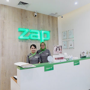 Trying out ZAP Photo Facial Treatment @zapcoid 💆🏻💕 review is up on the blog 🙏🏻💓 @clozetteid • • • • #zapcoid #zapclinic #zapphotofacial #zaptestimonial #ClozetteID #ClozetteidReview #bloggerlife #beautyblogger