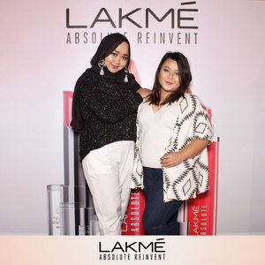 I was meeting these lovely ladies at @lakmemakeup party yesterday. It was fun chatting with them 😘😘 #LakmeParty #LakmeMakeup #clozetteID