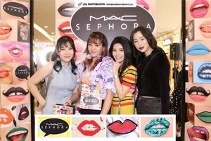 Congratulations #MACCosmeticsID and @sephoraidn, me and @jovitha11 ,@rlinachang , and @ludovicajessica surely had a blast #MACatSephora#MACatFirstSight