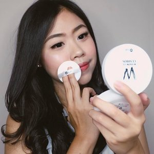 Been wearing this W-Lab CC cushion lately and I'm in love! @w.lab ✨ Got mine in shade #23 (snow beige), it matched my skintone perfectly💖it leaves a natural-glowing look and give a brightening effect. It has a light to medium coverage that is perfect for everyday look! Thankyou @charis_official for sending me this💖 You can also buy this product at https://hicharis.net/ronapermataa 💖 #clozetteID #BeautyVeller #charisceleb