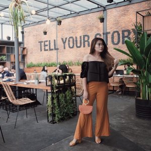 Always dress like you're going to see your worst enemy...Pants: @minimalstores #iwearminimal #clozetteid #lookbookindonesia #ootdfashion #beautyjunkie #makeupjunkie #ootdshare #ootdstyle #ootdbandung #vsco #ggrep #ggrepstyle #lykeambasasador #fashionpeople #whatiwore #jesislook #jesiswear #lookbook #ootdindo #ootd #ootdindonesia