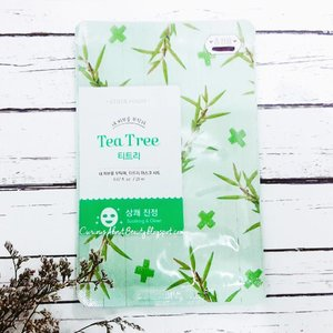 It's #saturdaynight, ppl are busy with their date and social life while I'm #pampering myself with #etudehouse #ineedyou #teatree #masksheet at home before entering motherhood 😄  This mask doesn't contain unrecommended ingredients for #expectingmom, read my #blog (link on bio) for the #review ❤  #mask #beauty #skincare #koreanskincare #teatreemask #CIDskincare #clozetteid #clozetter #clozettedaily #beautyblog #beautyblogger #indonesiabeautyblogger #asianbeautyblogger