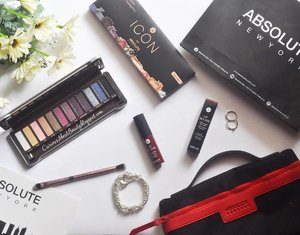Pernah nggak dapet make up yang kualitasnya bagus banget dengan harga super affordable? I just tried @absolutenewyork_id 's Icon Eyeshadow Palette Twilight & Lip Mousse in shade Lavish. And fall in love with them soo deep!  Cek review lengkapnya (dlm bahasa Indonesia) + launching event report di #blog aku yaa: http://curiousaboutbeauty.blogspot.co.id/2017/05/review-absolute-new-york-icon-eyeshadow.html  Atau klik #linkinbio  Again, welcome to Indonesia and congrats @absolutenewyork_id for the 1st & 2nd store opening. Thank you juga @clozetteid for having me ❤  #ABSOLUTENEWYORKINDONESIA #AbsoluteNY #ANYxClozetteIDReview #ClozetteIDReview #ClozetteID #clozettedaily #makeup #makeupaddict #beautyblogger #asianbeautyblogger #indonesianbeautyblogger #beautybloggerid #bloggerceria #bloggerbabes #fdbeauty #beautyreview #flatlay #beautyflatlay #whywhiteworks #l4l #bblogger