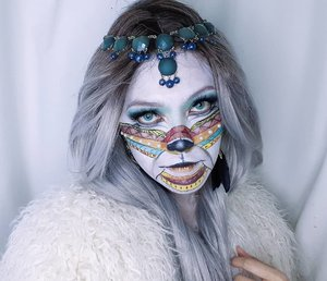 I (always) missed out to post IG story vote. This is a White Lion Descendant look 🦁 lolApparently I can't edit the video in time 🙈 so I submit the previous one instead for #nyxfaceawardsnlanyhoo both looks are horrible comparing to other candidates creations. So it didn't matter. I had fun though, these two are my first face painting experience 😊Tutorial is on my youtube (link in bio) -don't bother watching tho, I truly feel ridiculous 🙈#clozetteID #ibv_sfx @ibv_sfx #wakeupandmakeup @wakeupandmakeup #100daysmakeupchallenge @100daysofmakeupchallenge #mythicalcreaturemakeup #halloweenmakeup #asianbeautyvlogger #nyxcosmeticsnl #nyxcosmeticsid