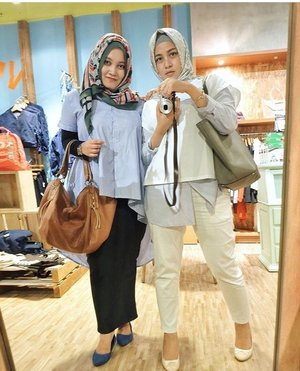 She's my office mate, my partner in crime, my hitsss selebgram, my pretty mama, but other than that she's like my best big sist that i could've ever asked for . ❤️❤️ . . .  #ClozetteID #ootd #hijabootd #ootdindo