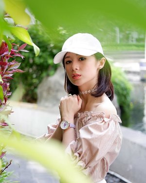 "Watch is a new jewelry for a woman. I don't for the other woman, but for me is YES! . . Setiap hari aku pakai jam, so, to make it match to my outfit, so aku punya beberapa jam dengan design yang beda2. So, say HI to my new girly watch @wishwatch.id @watchstudioindonesia . . For Beauty People out there, kalian bisa visit there webiste www.wishwatch.com dan use this code "" WISH/SILVIA""  to get 15% disc untuk #WishKeyCollection . I hope you can find your own watch.  Happy weekend Beauty People..."