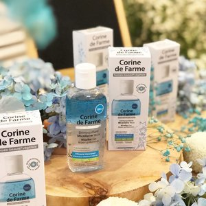 Meet this new babies @corinedefarme_id Micellar Eye Make-Up Remover, eye make-up remover ini ampuh banget lho untuk membersihkan make-up yang waterproof. Formulanya yang ringan dan bebas wewangian diperkaya dengan estrak cornflower. Produk ini cocok banget untuk kulit yang sensitif dan suka pakai contact lens kaya aku. Dan pastinya produk ini dikembangkan dengan micellar yang inovatif dan formula yang bebas silikon. You guys should try this one! 😉@beautyjournal ...#ItsMyNature #CorineDeFarme #beautyjournal #clozetteid #lykeambassador