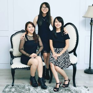 👩‍👩‍👧 sisters = best friend#bestfriend #girls #sister #sisters #fam #family #ootd #fotd #potd #black #blackdress #happy #happyfamily #girl #starclozetter #clozetteid #formal #blackmood #asian