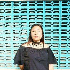 Accessories make everything better. -nn- . Go follow @sandu.id for pretty accssories with cheap price 💖 . . #clozetteid #accessories #ootd #batak #bataknese #blogger #sanduid #aksesorissurabaya #choker