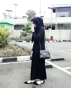 Black. All the time..#ClozetteID