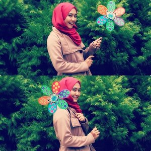 Gorgeous mini windmill in green areas.. Love this moment! #Rhialita #ClozetteID #hijabfashion :* Lovely Shawl by @womenneed