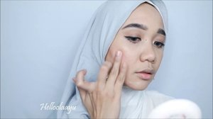 Products used:@nyxcosmetics_indonesia pore filler primer@maybellineindonesia_tgs Fit Me Matte Pore Less Foundation@lagirlcosmetics Velvet Contour Stick@mybeautystoryid Cream Blush On@jcatbeauty You Glow Girl Baked Highlighter@majolicamajorca.official Mascara@corabeauty.id True Lilac..Video lengkapnya ada di youtube aku ya, helloolaayu.... .#beautybloggerindonesia #indobeautygram #indobeautyvlogger #tampilcantik #indobeautysquad #hijab #hijabers #makeuphijab #makeuptutorial #makeup #makeupblogger #lakme #clozetteid #beautyvlogger #beautyvloggerindonesia #undiscovered_muas #muatribeid #nyxcosmeticsid #straighttothepoint #preciselyyours #bvlogger #bvloggerid @bvlogger.id