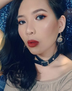 *nemu di gallery* .😂😂😂😂. Aku edit tone & masukin soft filter 😋. & Bibir w itu magic of 'lip liner' ............ 😆😆😆😆 WK! . . 'Baddie-look' tutorialnya ada ya di IG aku 💖 . . . . . . . . #makeupinspiration #makeup #baddiemakeup #baddie #indobeautysquad #indobeautygram #look #looks #eyeshadow #eyes #tampilcantik # beautybloggerindonesia  #f2f #f4f #follow4follow #makeupindonesia #mua_underdogs #undiscovered_muas #clozetteid