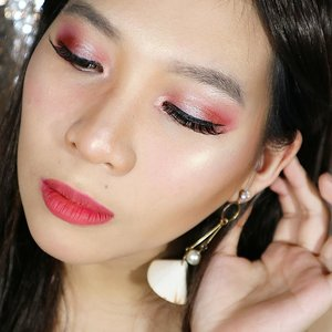 New year's Eve look on my channel already !! 💖💖💖💖. Go click the link on my bio ! 😘😘💖💖💖💖. . . . . . . . . . . @indobeautygram @bvlogger.id #lagirl #newyearseve #newyear #lagirlcosmetics #beautybloggerindonesia #beauty #makeup #highlighter #rosegold #beautyblogger #clozetter #indobeautygram #beautyvlogger #beautyvlog #makeup #makeupinspiration #featuremakeup #featureme #beautyinfluence #indonesia #makeupindonesia #indonesiamakeup #bloggermafia #beautyblogger #beautyvlogger #ivgbeauty #clozetteid #indobeautyinfluencer #indobeauty #bvloggerid