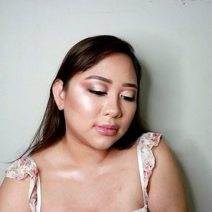 This looks supposed to be @nikkietutorials inspired looks for my channel. But I feel this is not good enough so I upload it here. Enjoy! #nyxcosmeticsid #GetClosewithSamantha . #beautyblogger #fashionpeople #fblogger #blogger#thebalmid #catriceindonesia #katvond #makeupforever #maybellineid #makeupjunkie #l4l #ggrep#smile #makeup #bblogger #BeautyChannelID#hudabeauty #japankorea#bloggerceriaid#beautybloggerindonesia#sociollabloggernetwork #clozetteid