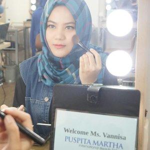 Attending private makeup class with Puspita Martha International Beauty School💄.Thank u @womanblitz for having us 💋💕..#clozetteID #SBYBeautyBlogger  #BeautyBloggerID #Beauty #Makeup #BloggerLife