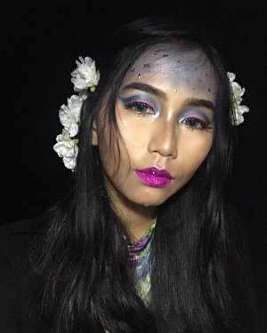 Going to party on space be Lyke... ......@nivea_id makeup starter @thebrowgal by @tonyacrooks The one everlasting concealer Unbranded eyeshadow (Already Blured) My darling black eyeliner @makeoverid blue pencil liner @yslbeauty the shock maskara and @wardahbeauty eyexpert perfect curl maskara @urbandecaycosmetics single shadow in sin @nyxcosmetics_indonesia liquid suede lscl 08 @maybelline fit me matte+poreless shade 128 @riveracosmetics two way cake ivory beige ......#wakeupandmakeup #undiscoveredmuas #jakartabeautyblogger #indobeautygram #make4glam #bvloggerid #clozetteid @bvlogger.id @bunnyneedsmakeup @setterspace @jakartabeautyblogger @beautilosophy