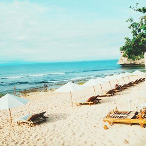 Ibarat langit tanpa awan, hidupku tak lengkap tanpamu. I miss Bali so much 😘 .  #GombalHariIni #Beach #Bali #travel #lifestyle #clozetteid