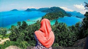 need vitamin sea #sea #beach #traveler #hijabersindonesia #clozetteid