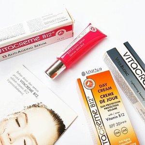 3 Produk yang lagi ada di skincare routine aku.  一 #ClozetteID #CIDskincare  #makeupflatlay #instamakeup #makeupmess #makeupjunkie #vitacrem #vitacremeb12 #スキンケア