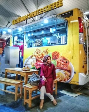 Food Truck . . . . . . . . . . . . #clozetteID #LYKEambassador #Blogger #indonesianblogger #beautyenthusiast #FashionEntusiast #BeautyLovers #FashionLovers #LifeStyleBlogger #beautyblogger #indonesianbeautyblogger #indonesianfemaleblogger #femaleblogger #indobeautyblogger #like4like