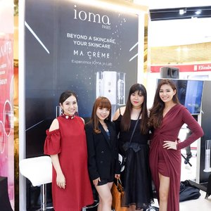 Throwback to the Grand Opening of @iomaindonesia in @jayanatabeauty Pakuwon Mall with these amazing mommas 👏🏻💖 . . #jayanata  #iomaindonesia  #ioma #clozetteid #今日のコーディネート  #コーディネート  #コーデ #服 #今日の服 #ギャル #ロック #今日のファッション  #ファッション  #かわいい #可愛い  #beautyinfluencer #styleblogger #instastyle #sbybeautyblogger  #beautyblogger  #beautyinfluencer  #influencersby  #influencersurabaya  #eventsurabaya