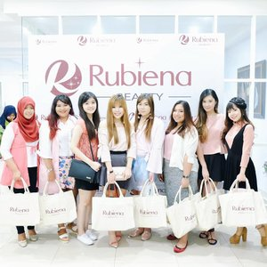 Group-fie from yesterday's event: @rubienabeauty Grand Launching ♡  Thank you for having us! Surabaya welcomes you with love 💞  #beautybloggerid #indonesianbeautyblogger  #bbloggers  #bbloggerid  #surabayabeautyblogger  #clozetteid #rubienabeauty  #cerahitucantik #groupfie