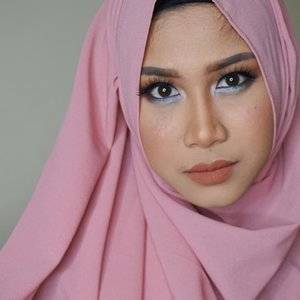 Happy Friday 😍#clozetteid #hijabstyle #beautyblogger #femaleblogger