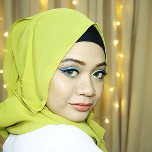 I like this pose very much because you won't see my chubby cheeks 😋 #thepowerofangle . @nyxcosmetics_indonesia Jumbo Eye Pencil Milk @f2f.cosmetics BB Cream, Eyeshadow Green Loyal, Eyeliner Blue, Blush On Orange After Glow, #xoxomattelipstick @misslynid Eyebrow Liner 7 @wetnwildcosmetic Too Reflect Shimmer Palette #boozybrunch __ #fotd #motd #makeup #beauty #love #picoftheday #pictureoftheday #clozetteid