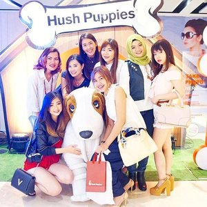 It's a good news for @hushpuppiesid lovers because the store is now re-open at @tunjungan_plaza 6. The place is now bigger and has many collections to discover! Thank for having us 💕 ___ #hushpuppies #hushpuppiesid #eventsurabaya #bloggerstyle #storeopening #influencer #fashioninfluencer #love #ootd #picoftheday #pictureoftheday #clozetteid
